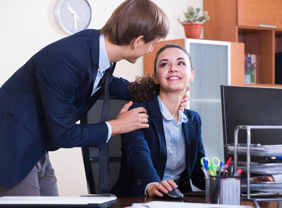 Flirt au travail: les droits de l'employeur
